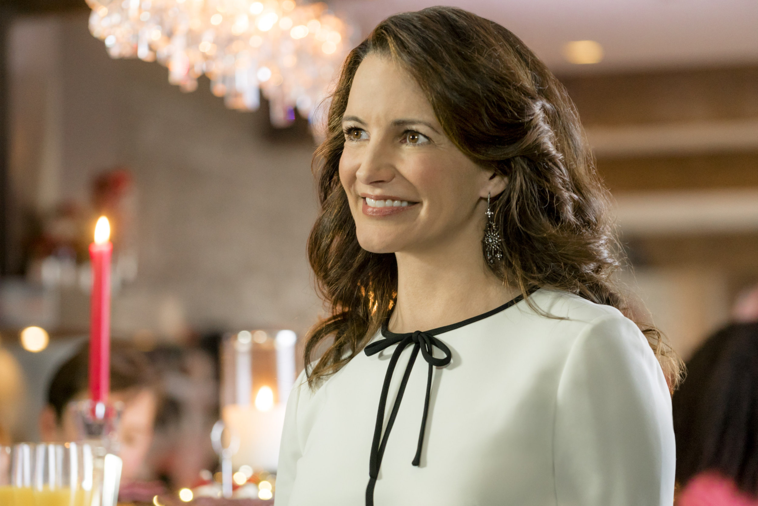 Kristin Davis on A Heavenly Christmas | Hallmark Channel