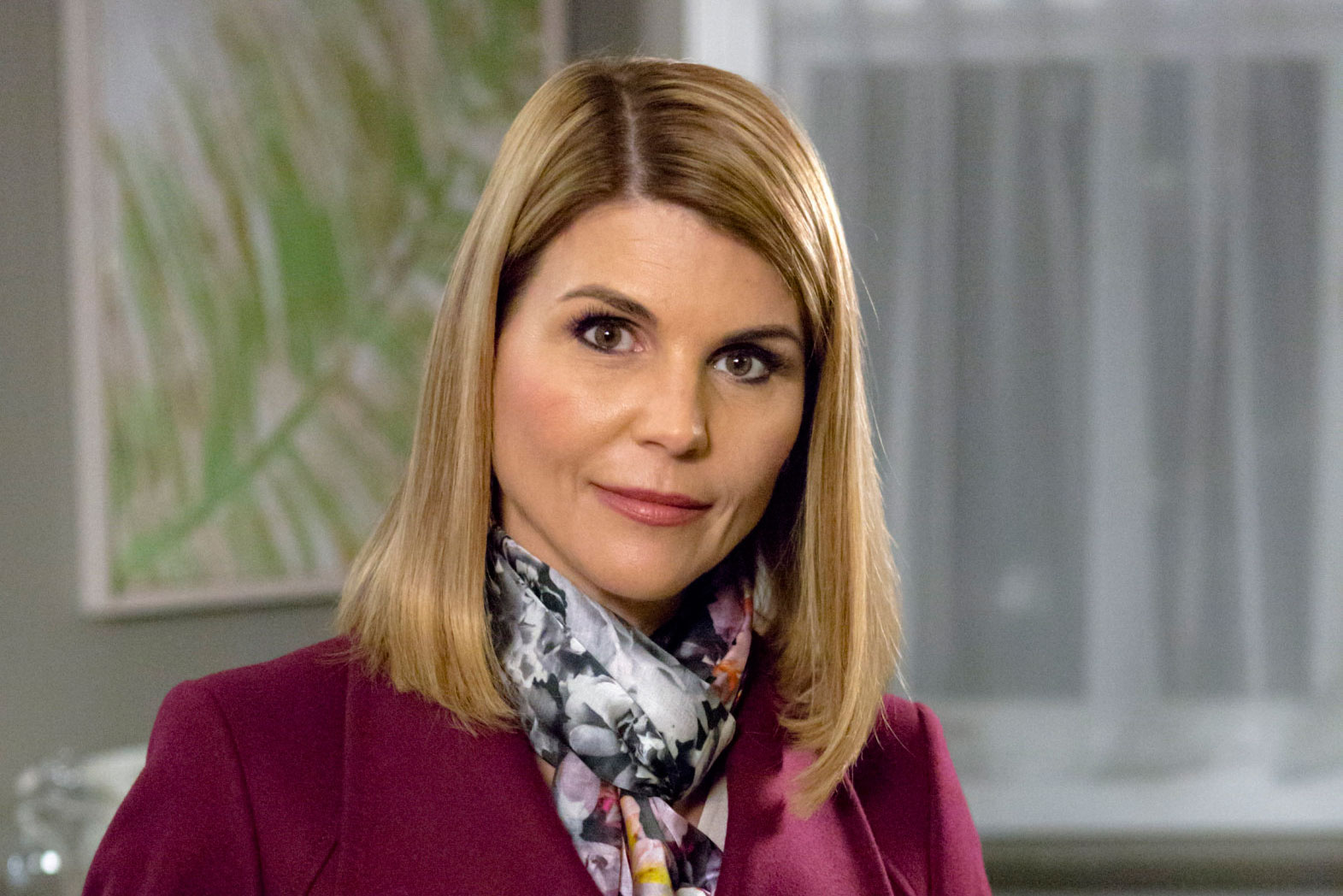 Lori Loughlin As Jennifer Shannon On Garage Sale Mysteries