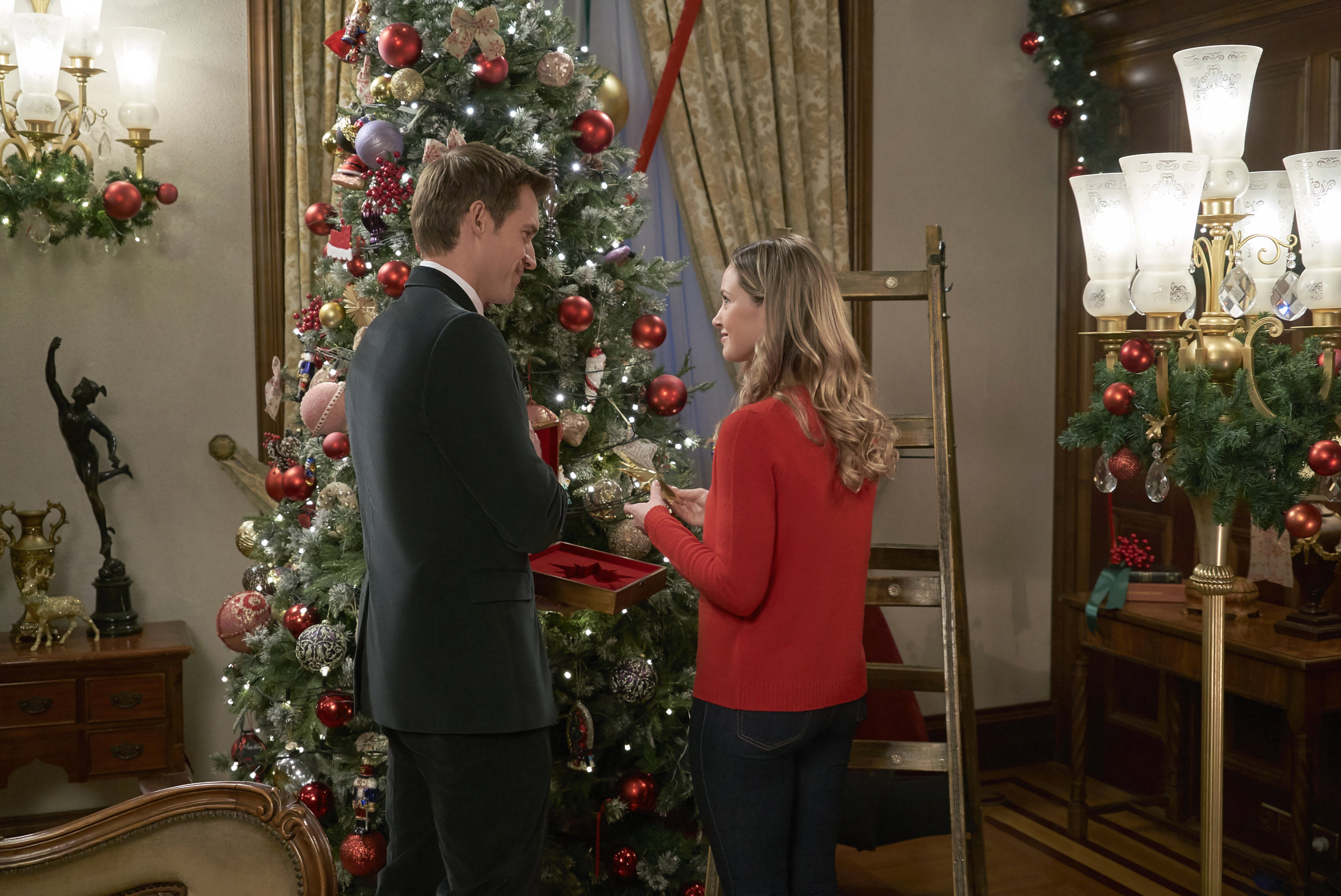 Photos from Christmas at the Palace - 5