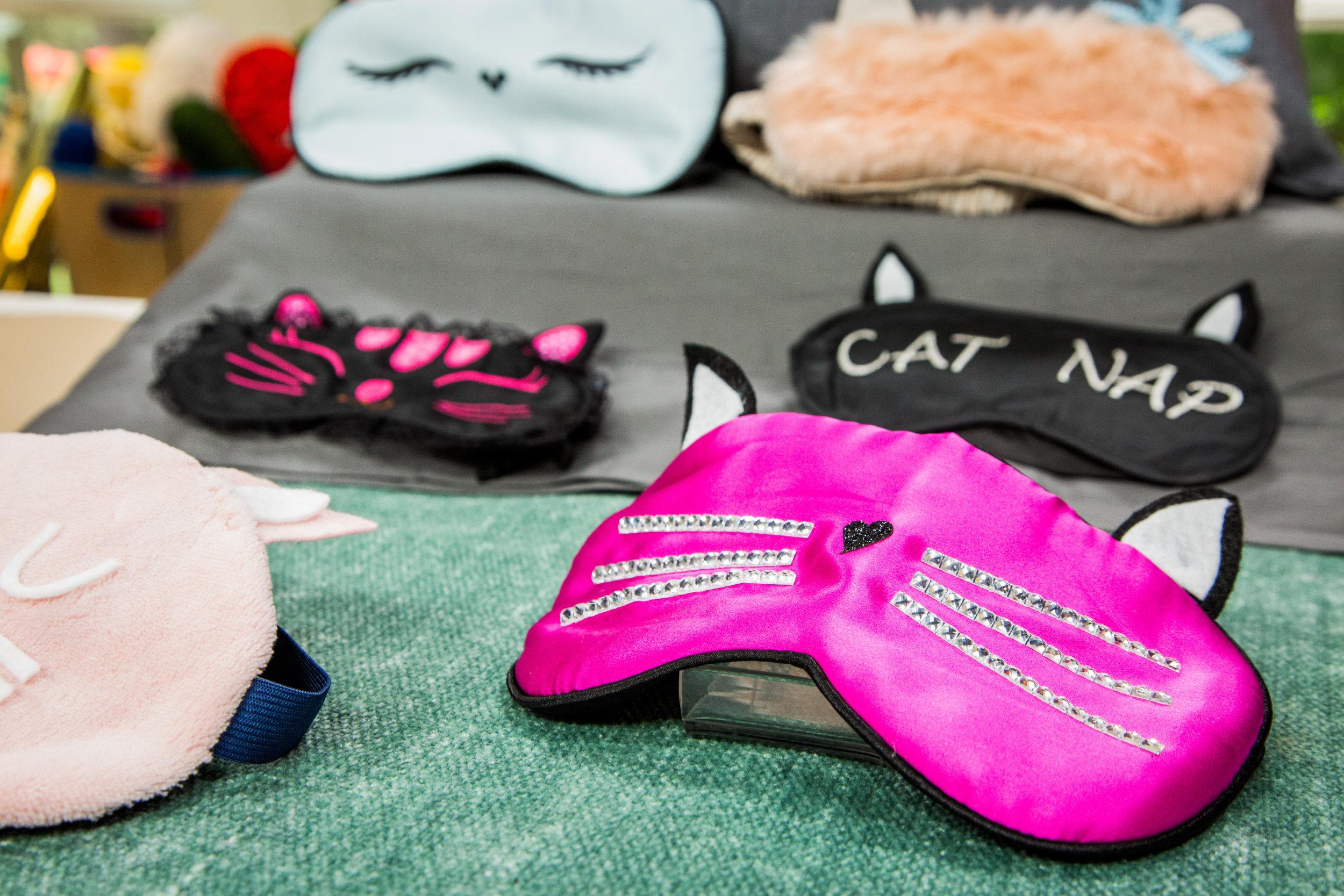 How To Home Family Diy Kitty Sleep Mask Hallmark Channel