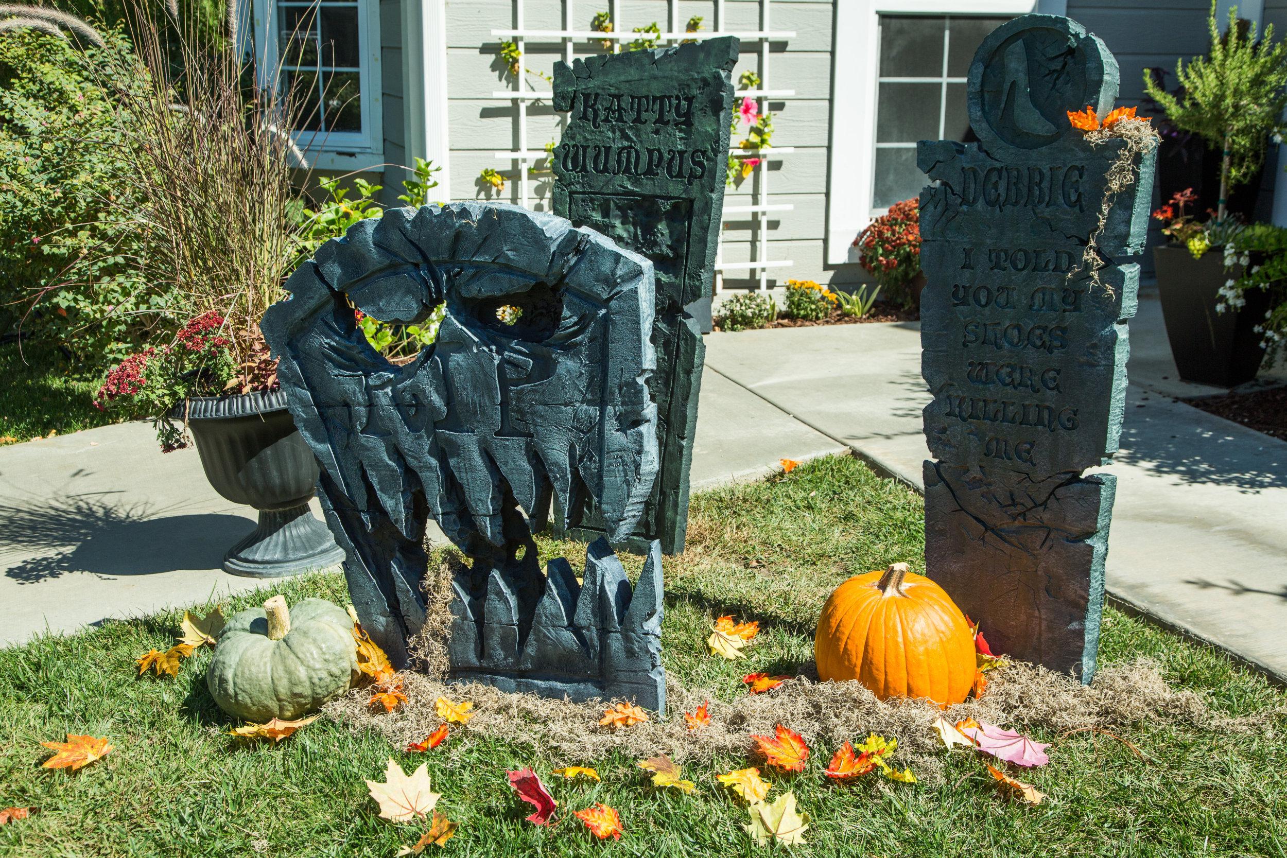 How To - DIY Halloween Tombstones