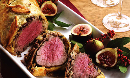 Christmas Meat.Christmas Beef Wellington
