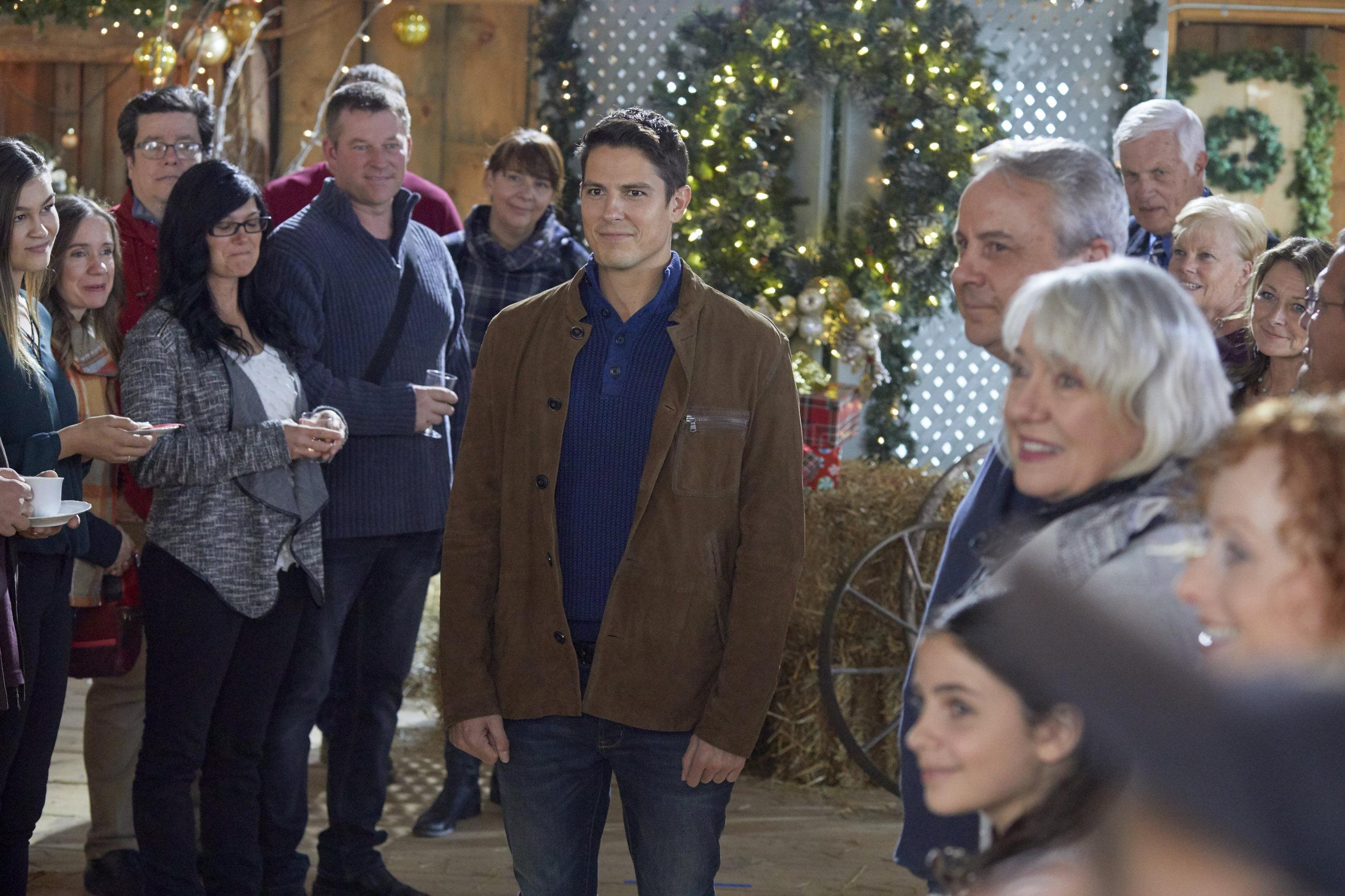 A Veterans Christmas Cast.Sean Faris As Joe On A Veteran S Christmas Hallmark Movies