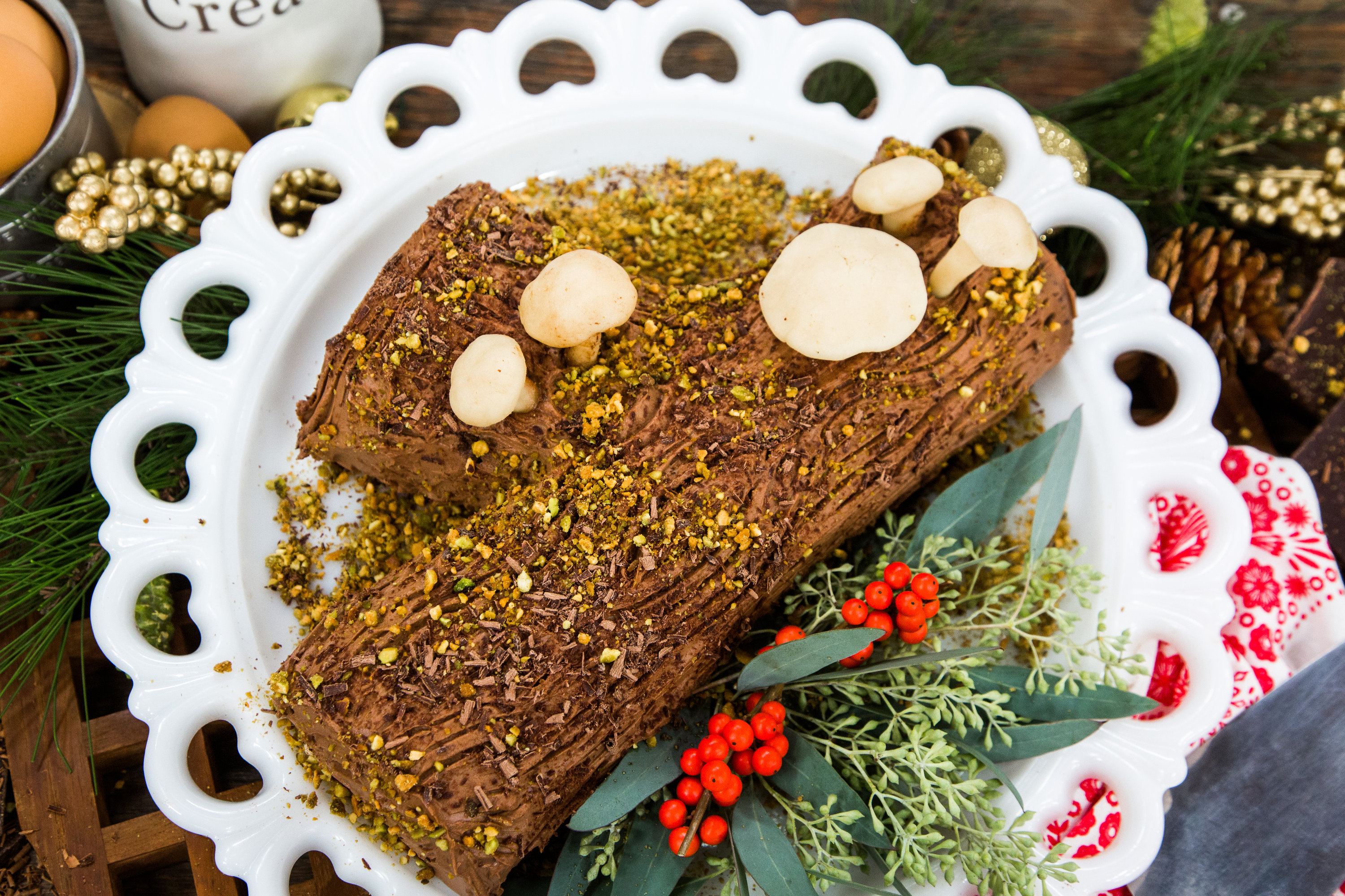 Christmas Yule Log Cake.Christmas Yule Log