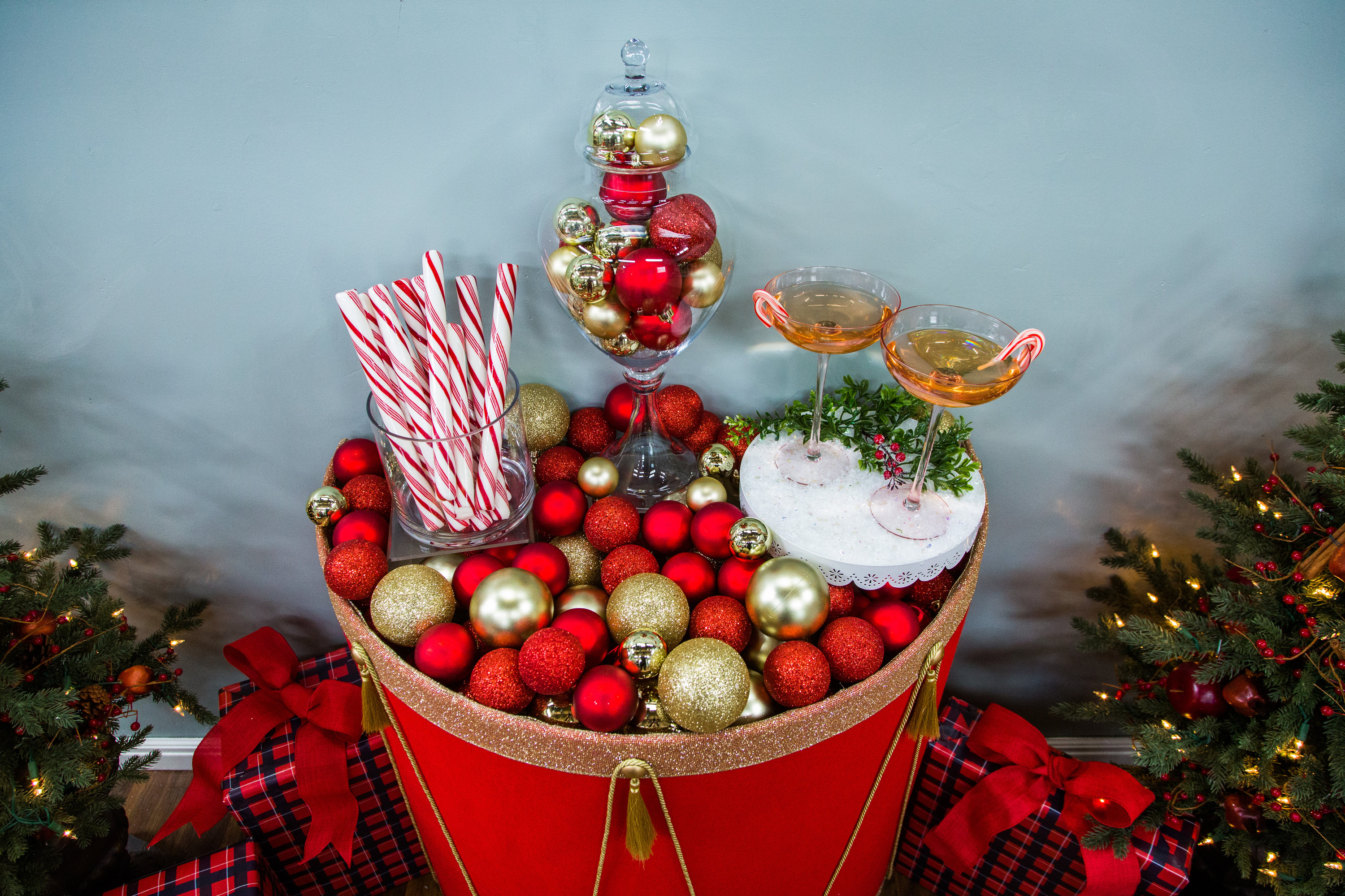 How To DIY Christmas Drum Table