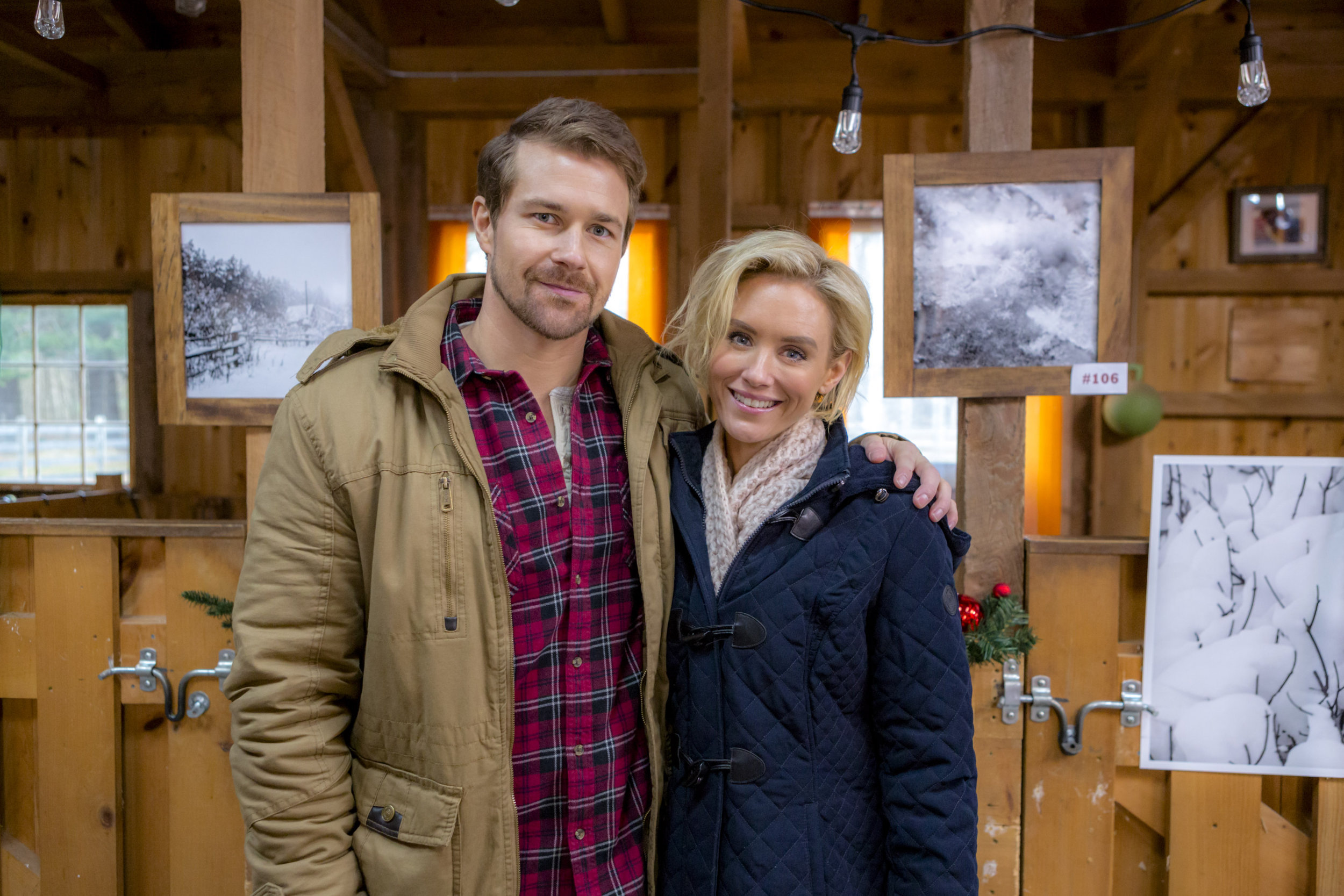 hallmark romance at reindeer lodge cast