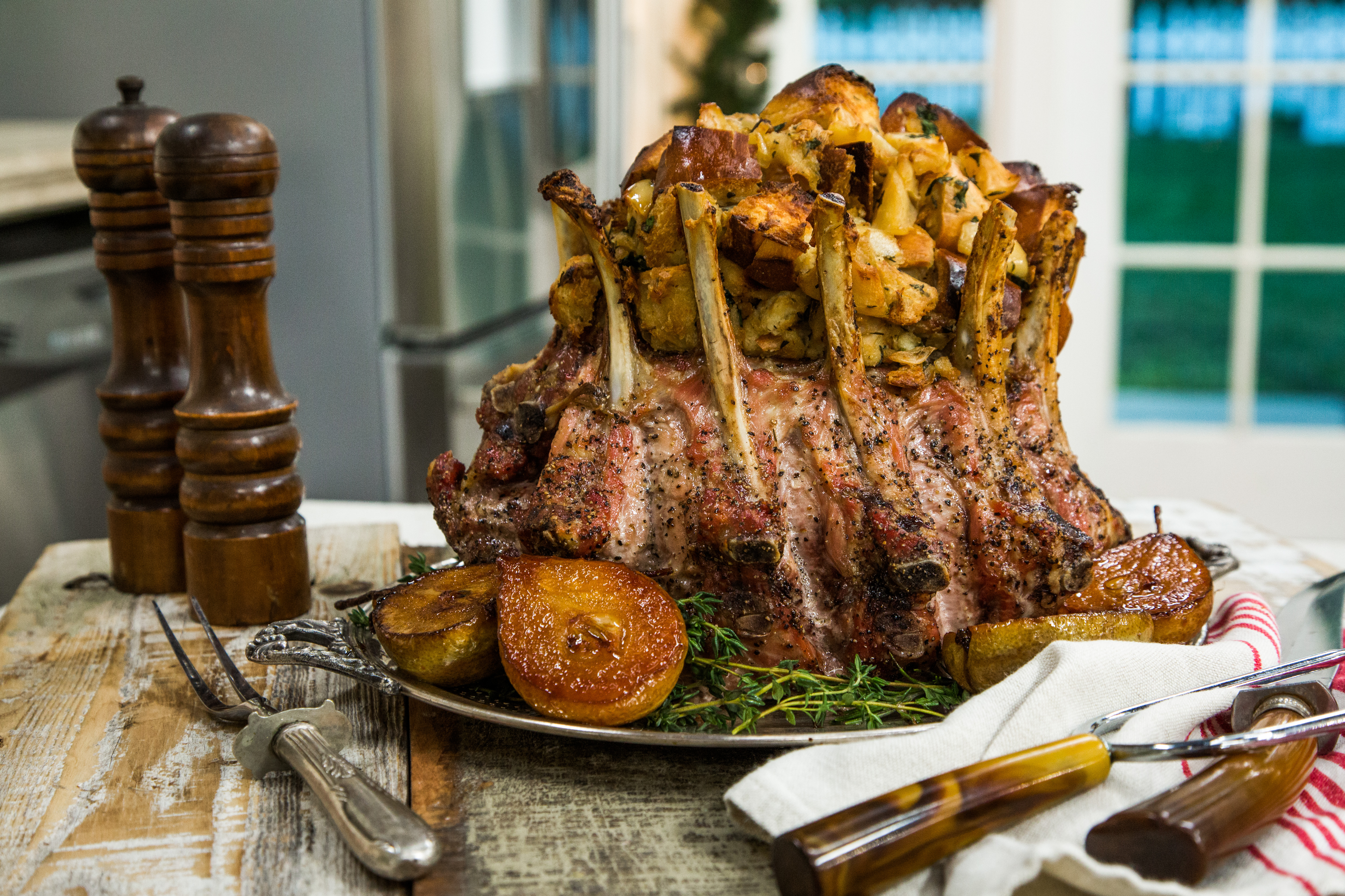 Recipes Crown Roast Of Pork With Apple And Onion