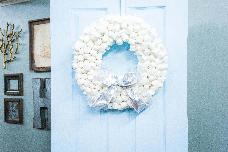 How To Maria S Edible Marshmallow Wreath Hallmark Channel