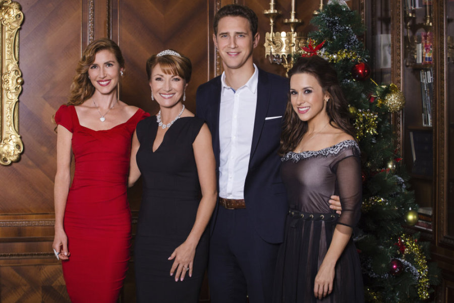 A Royal Christmas Cast.Cast A Royal Christmas Hallmark Channel