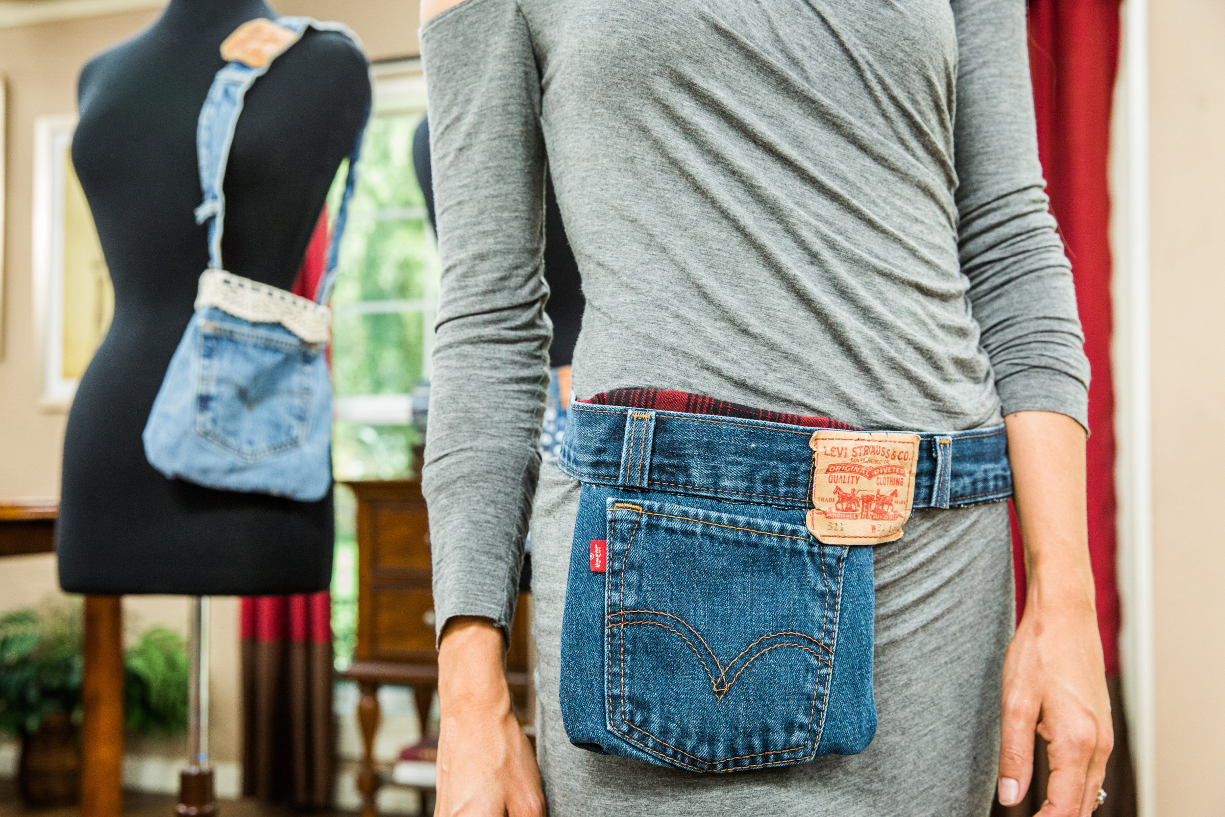 How To Home Amp Family Diy Jean Jacket Pocket Fanny Pack