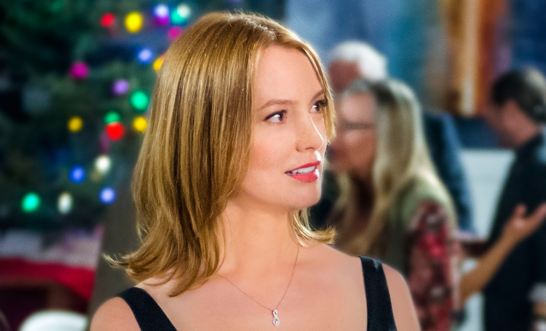 Cast - I\'m Not Ready for Christmas | Hallmark Channel