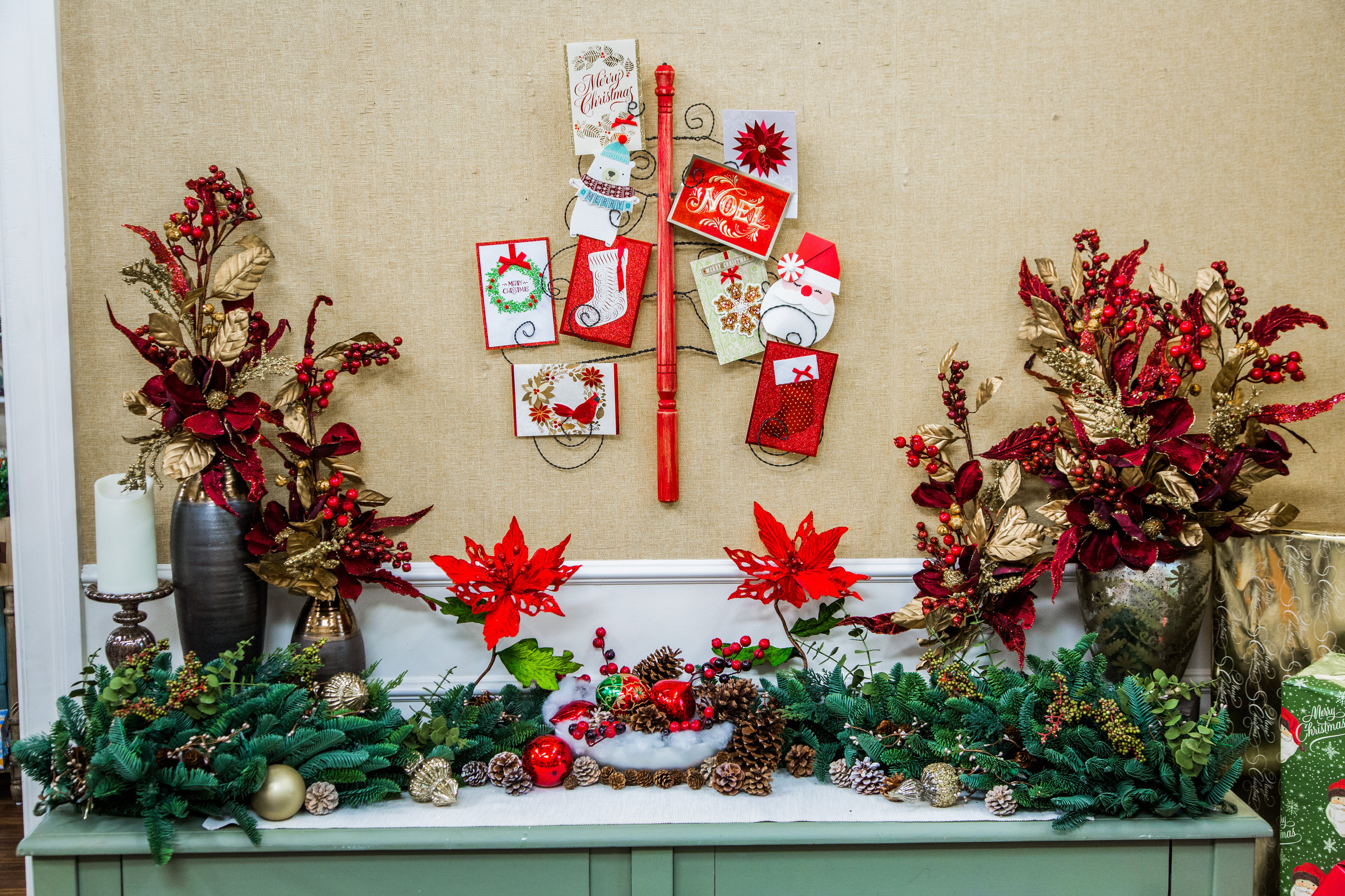 How To - DIY Christmas Card Tree | Hallmark Channel