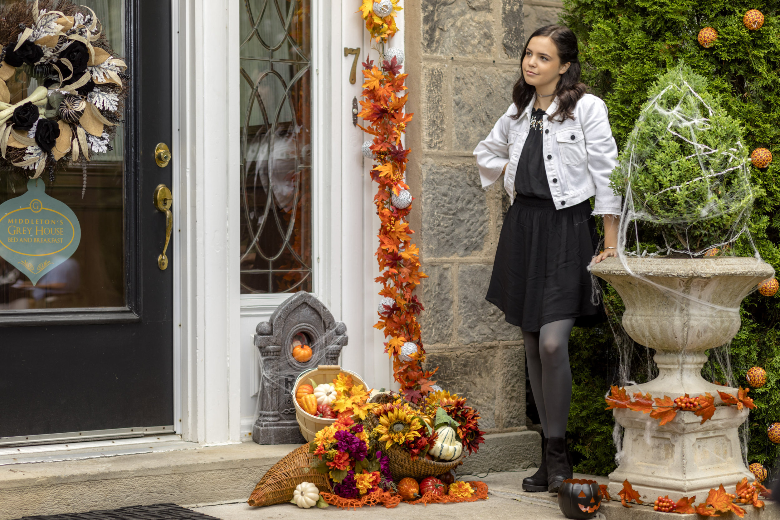 Bailee Madison As Grace Nightingale On Good Witch
