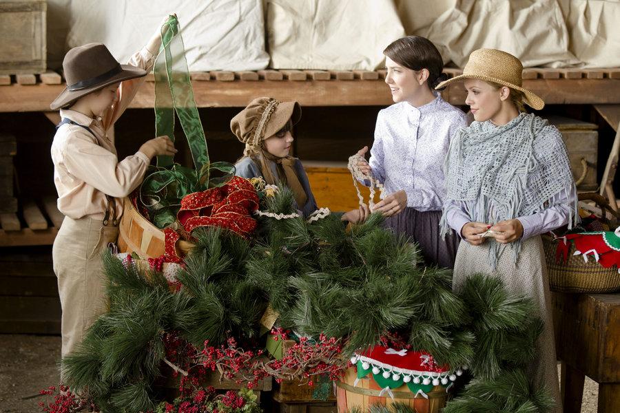 Loves Christmas Journey.Photos Love S Christmas Journey Hallmark Drama