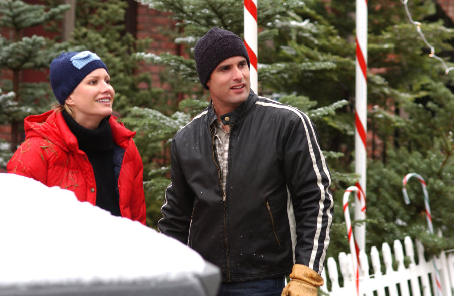 Photos - The Christmas Card | Hallmark Movies and Mysteries