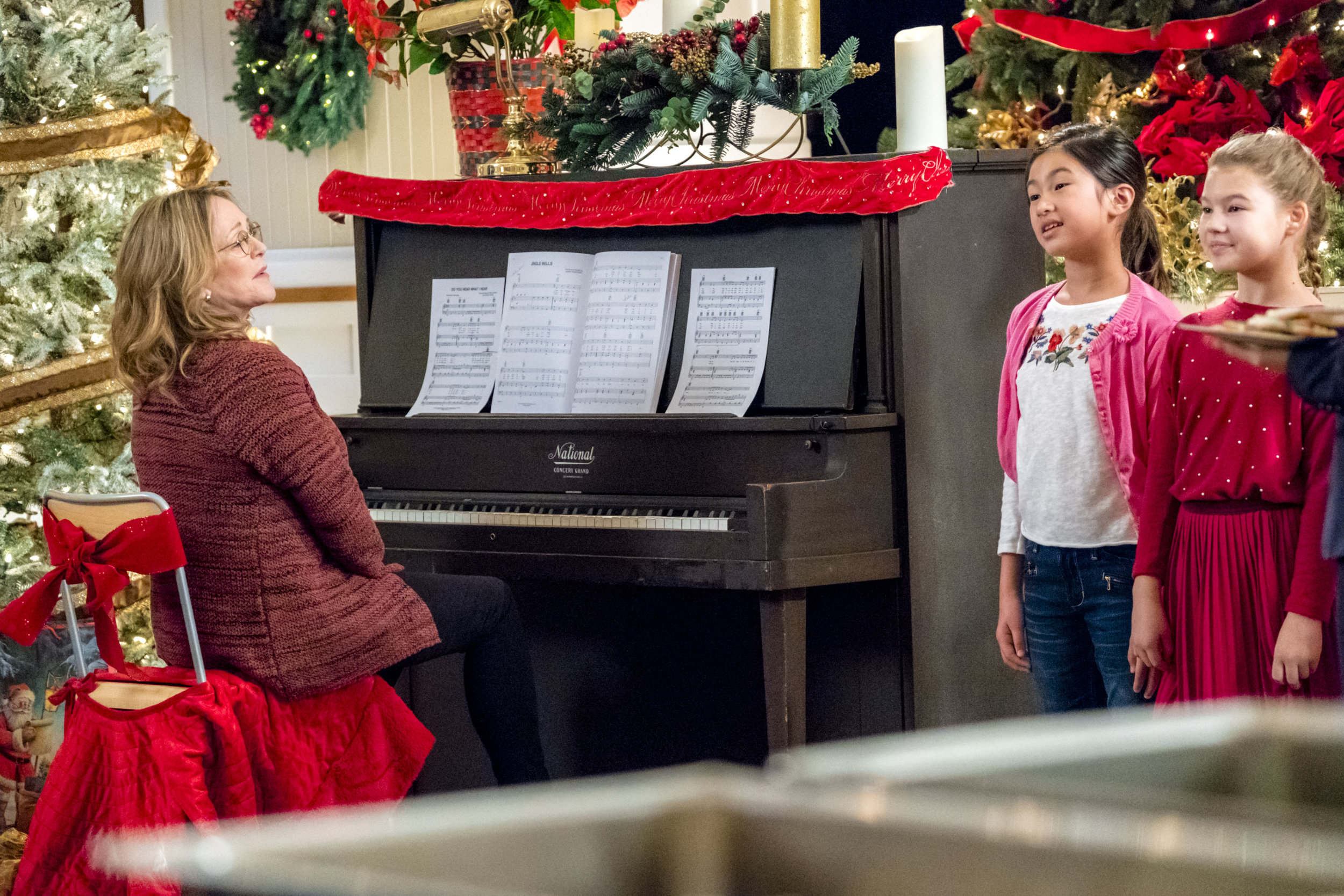 A Joyous Christmas Cast.Bonnie Bedelia As Joy On A Joyous Christmas Hallmark