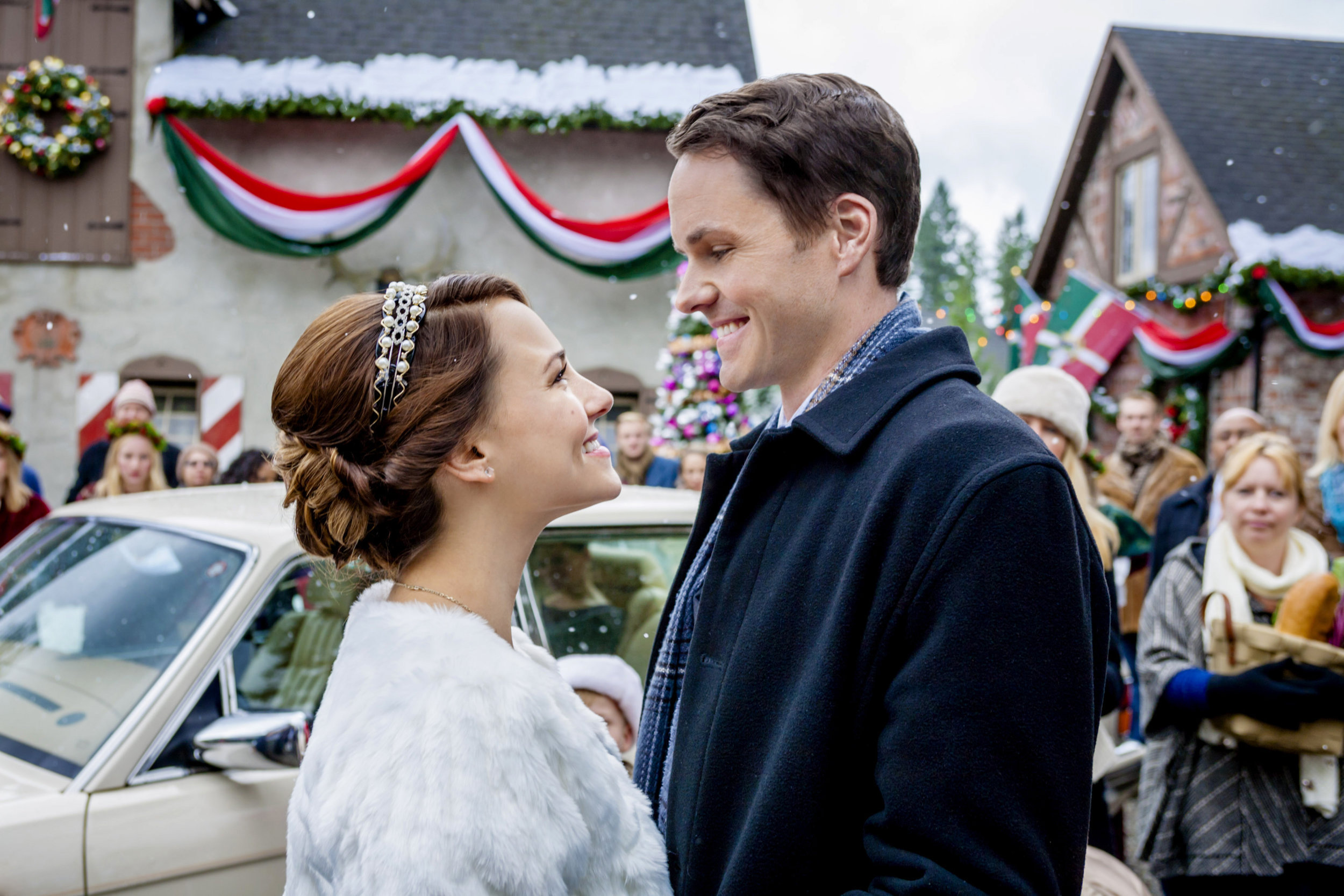 cast once upon a holiday hallmark channel - Once Upon A Christmas Full Movie