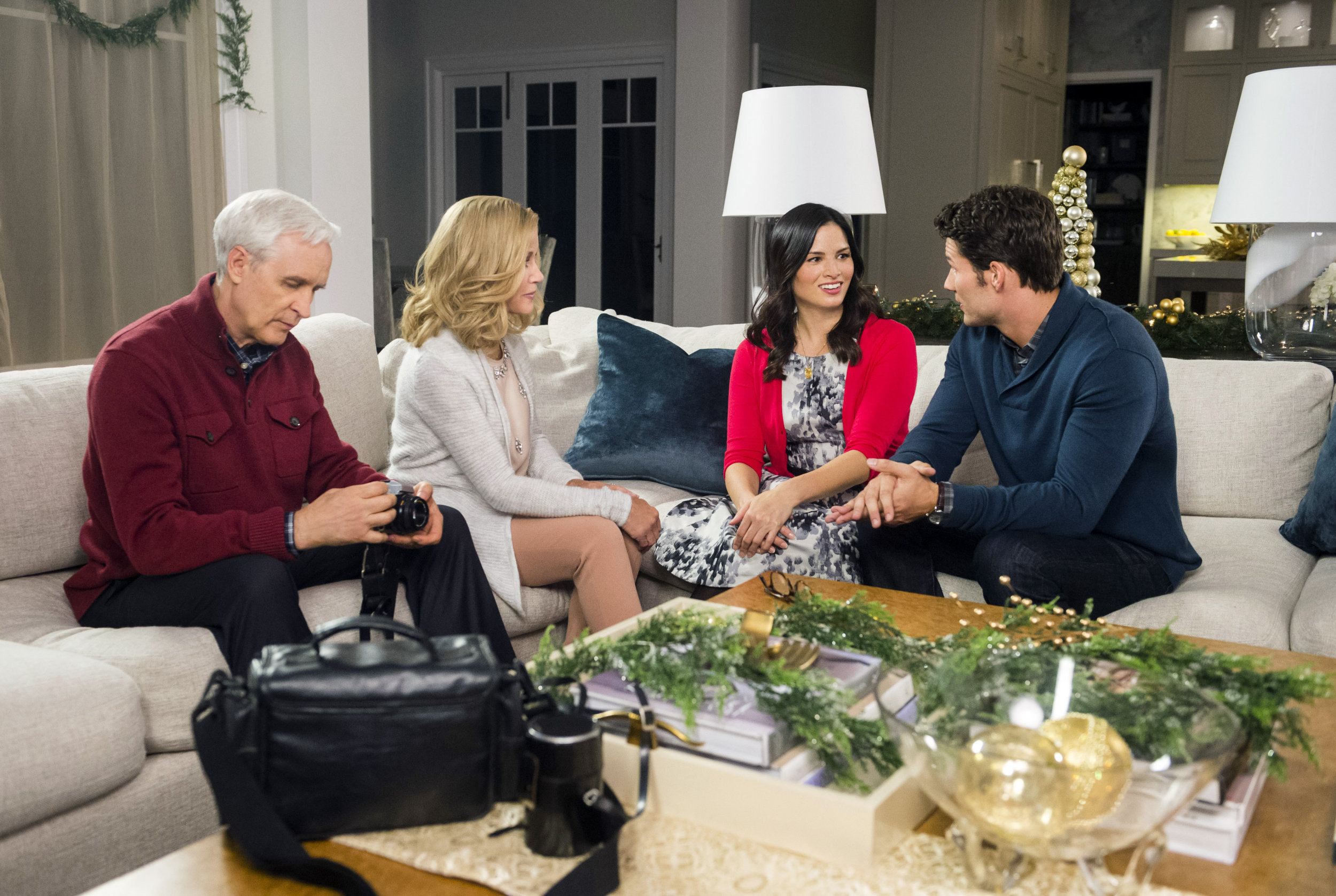 Full cast hallmark movie 12 gifts of christmas